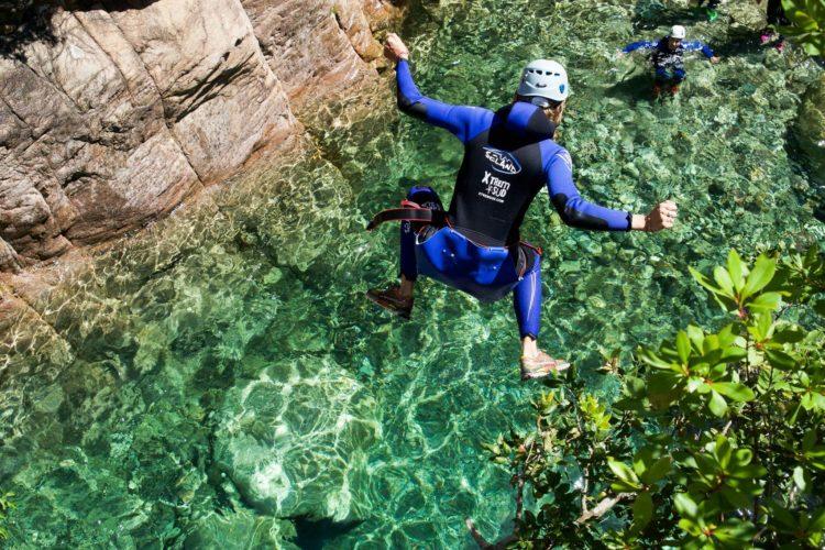 EXtreSudCanyon-activités-terre-riviére-Corsica.jpg