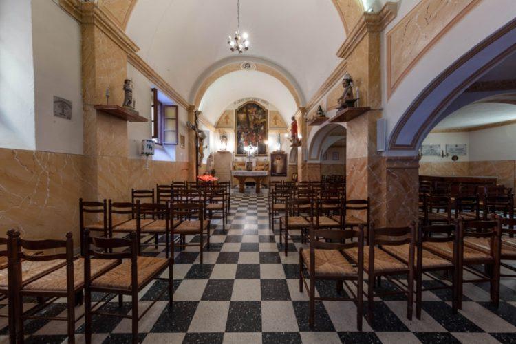 Paroise-bonifacio-Figari-Monaccia-eglise.jpg