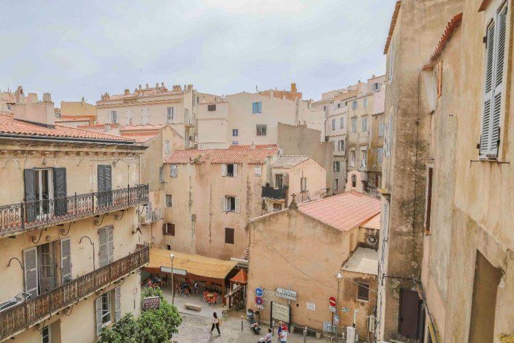 Location-Aifairi-studio-Vacances-citadelle
