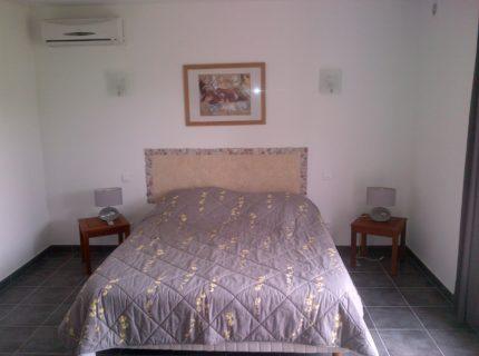 Location-bonifacio-chambre-Corsica.jpg