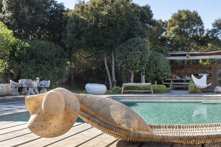 lesmaisonsdumaqui-piscine-vacances-Corsica.jpg