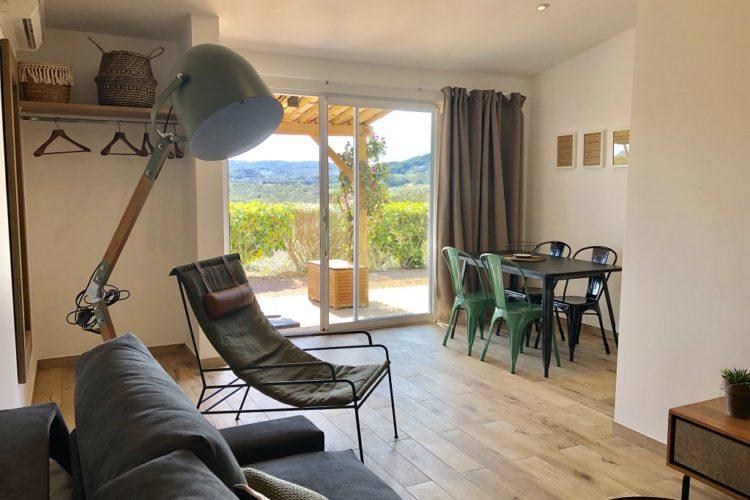 Casarina-Village-vue-panoramique-chambre-séjour-Corsica-Bonifacio.jpg