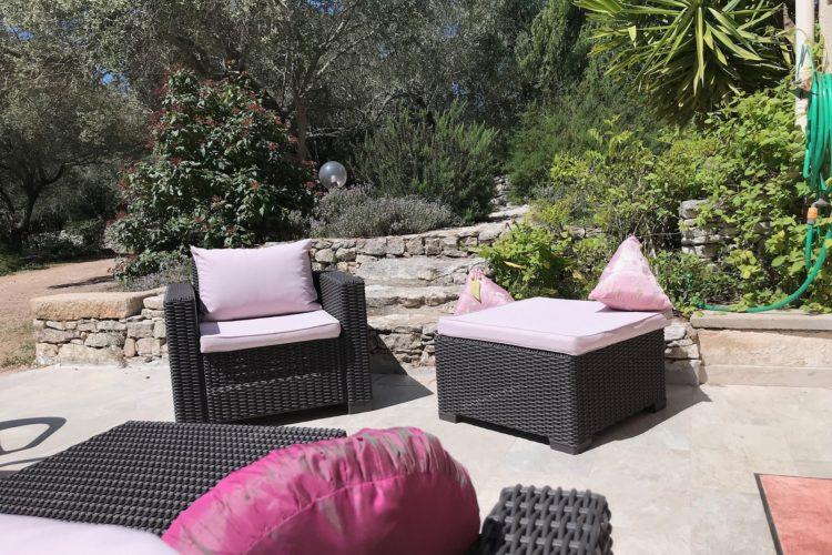 Location-piriottu-maison-Bonifacio-terrasse-Corsica.jpg