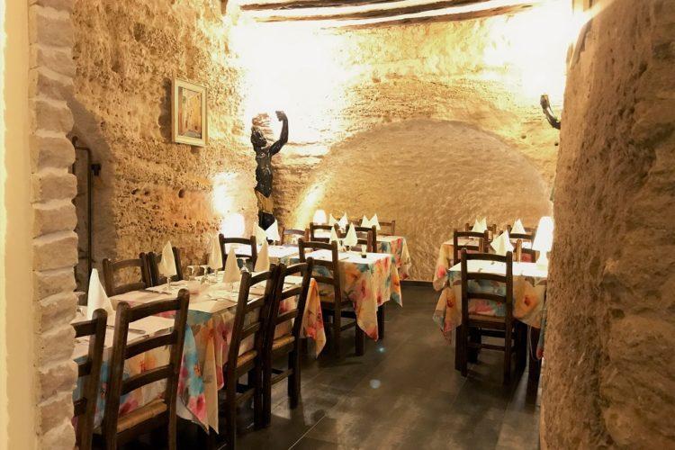 Restaurant-ucastille-citadelle-Bonifacio-corsica.jpg
