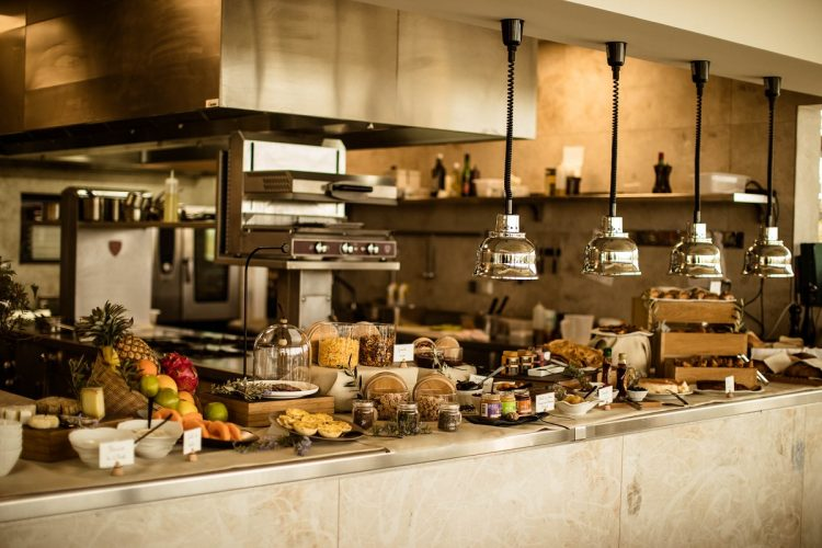 Hotel-version-citadelle-buffet-Bonifacio.jpg