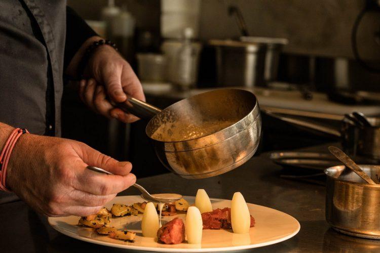 Hotel-version-citadelle-cuisine-Bonifacio.jpg