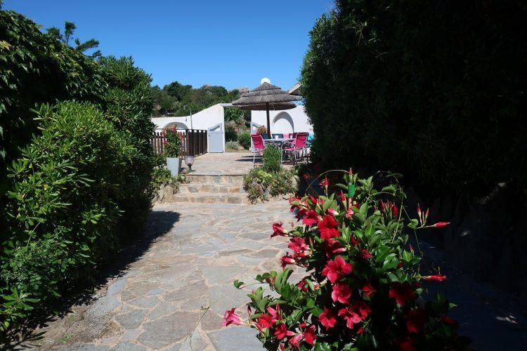 Residence-Bocca-di-Feno-Bonifacio-piscine.jpg