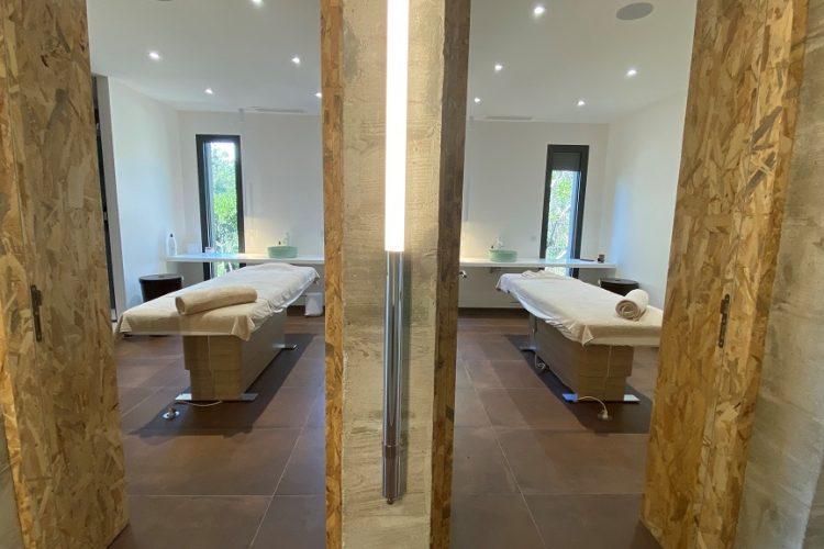 Spa-version-maquis-Bonifacio-citadelle-sauna-Corsica.jpg