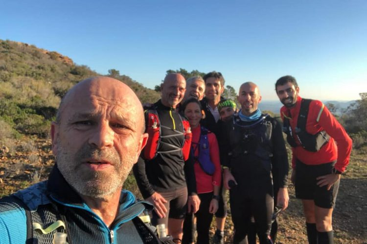 Trail-des-falaises-de-Bonifacio-équipe-Corsica.jpg
