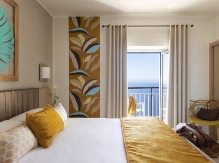 1-hotel-bonifacio-corse-santateresa-vue-mer-sardaigne-chambre
