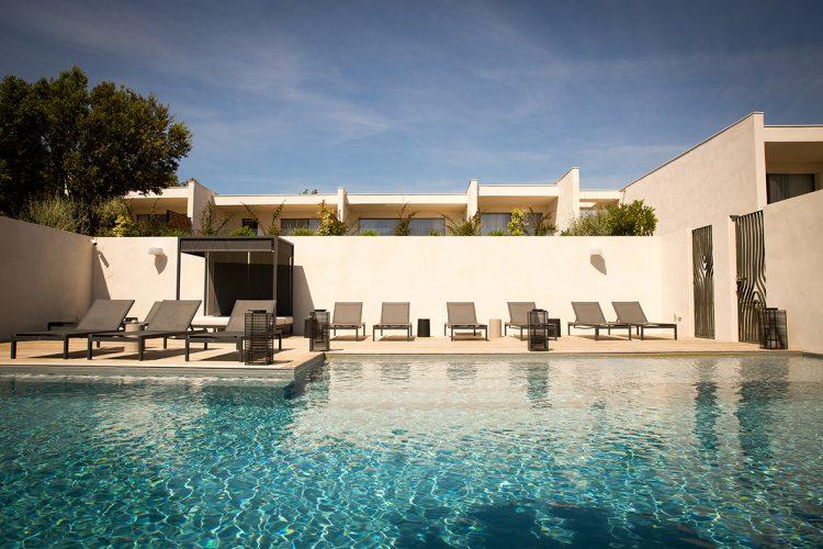 Hotel-caladigreco-bonifacio-corse-chambre-piscine2
