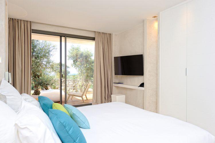 Hotel-caladigreco-bonifacio-corse-chambre-suite