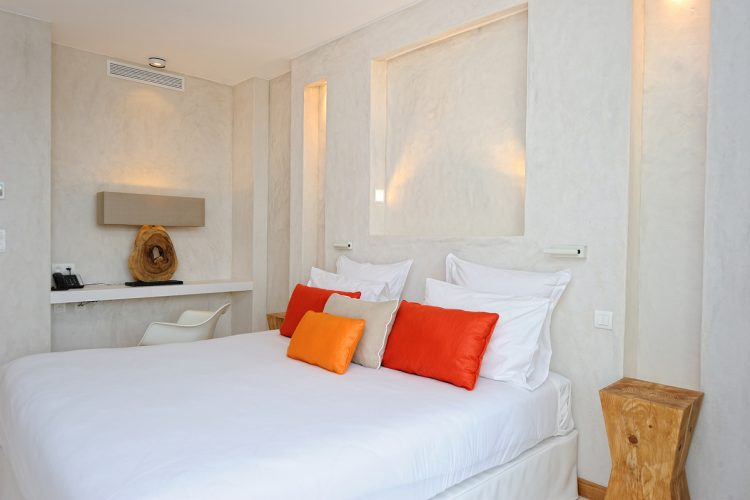 Hotel-caladigreco-bonifacio-corse-chambre-suite1