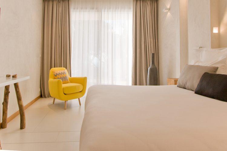 Hotel-caladigreco-bonifacio-corse-chambre-suite3