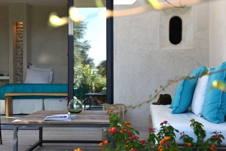 Hotel-caladigreco-bonifacio-corse-chambre-terrasse
