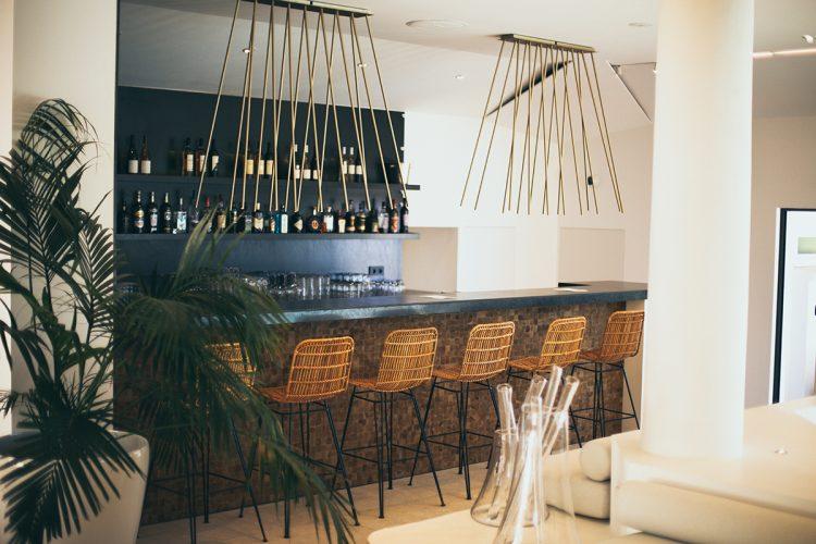 residence-terra-marina- location-bonifacio-bar