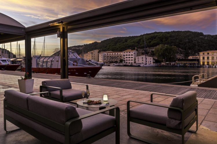 hotel bonifacio best western roy aragon vue port (16)-min