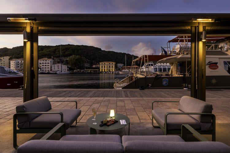 hotel bonifacio best western roy aragon vue port (17)-min